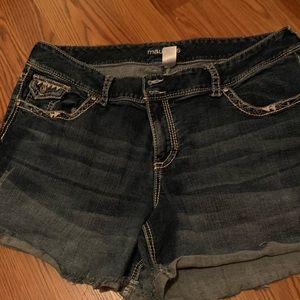 Maurice's size 24 shorts